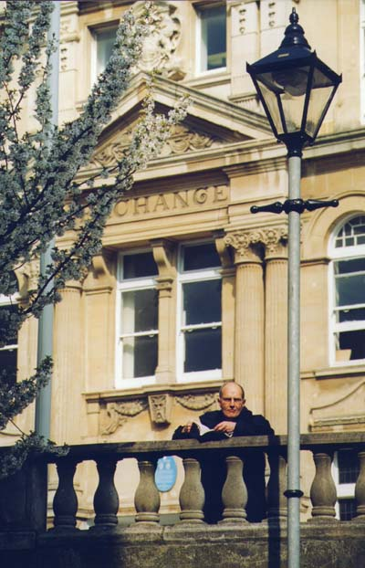 Peter Finch in Mount Stuart Square, 2000